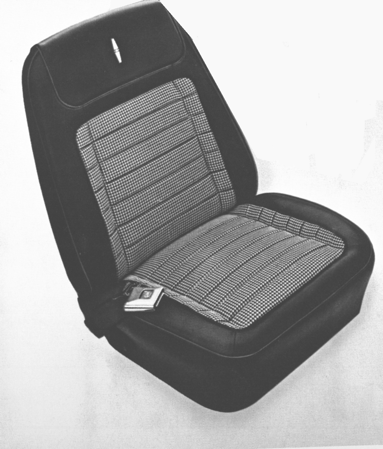 Surprising 1968 Camaro Deluxe Pre Assembled Bucket Seats Covers Houndstooth White Vinyl Pair Onthecornerstone Fun Painted Chair Ideas Images Onthecornerstoneorg
