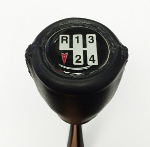 SHIFTER KNOB EMBLEM 70 - 81 FBODY 4 SPEED